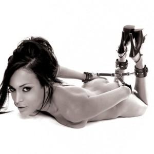 donna hogtie costrittivo bondage